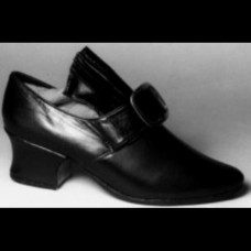 Martha Black Shoe 20% off MSRP of in-stock sizes
